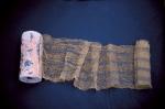 Filatterio, terracotta, ottone e acidi, cm 250x60, part.